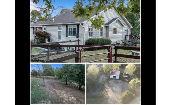 3.5 acre mini-farm, horse barn & arena